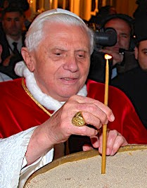 pope ring