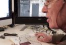 Τελικές διορθώσεις στο ατελιέ του γραφίστα από τον επιστημονικό επιμελητή